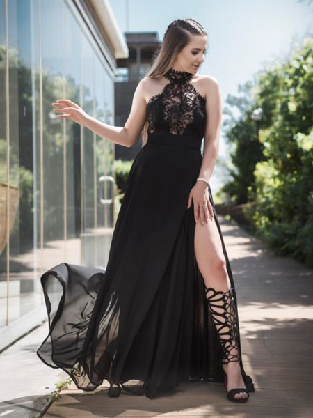A-Line/Princess Sleeveless Halter Floor-Length Lace Tulle Dresses